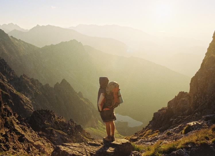 Backpack guy in mountains_Danka&Peter_Stocksnap