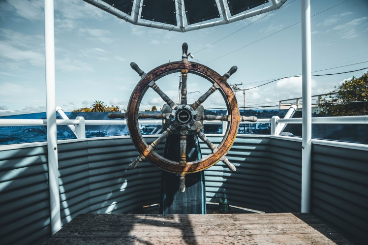 Boat Steering Wheel_Joseph Barrientos_Stocksnap