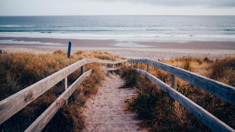 Steps to Beach_Tim Marshall_Stocksnap