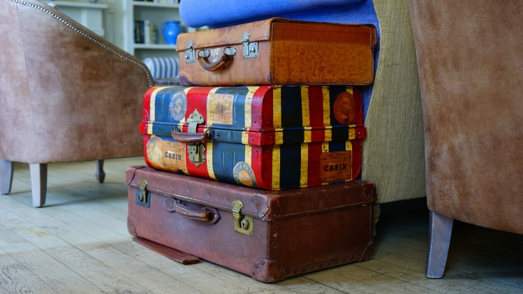 Stacked suitcases_Mike Birdy_Stocksnap