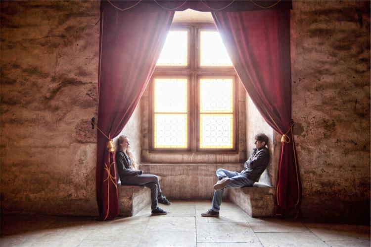 2 people & velvet curtains_David Marcu